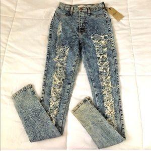 Distressed acid wash high waist jeans NWT